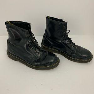 Dr. Martens 8 hole boots